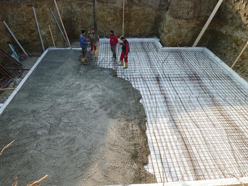 Betonieren der Fundamentplatte