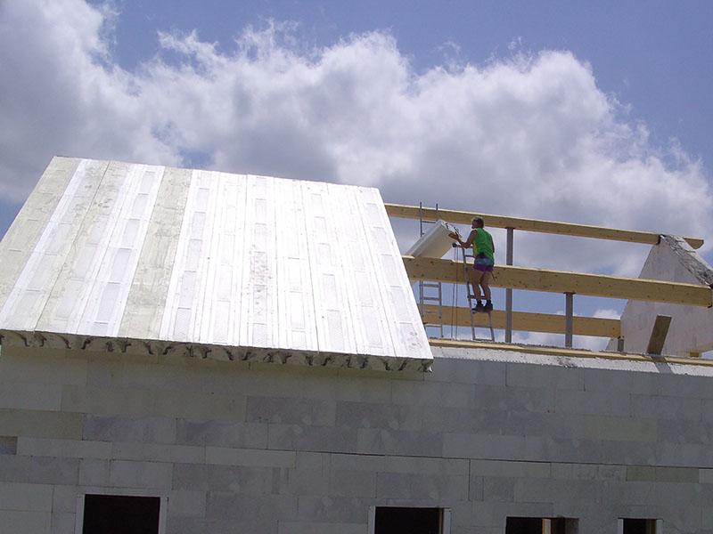 OC Dachelemente ersetzen herkömmlichen Dachstuhl