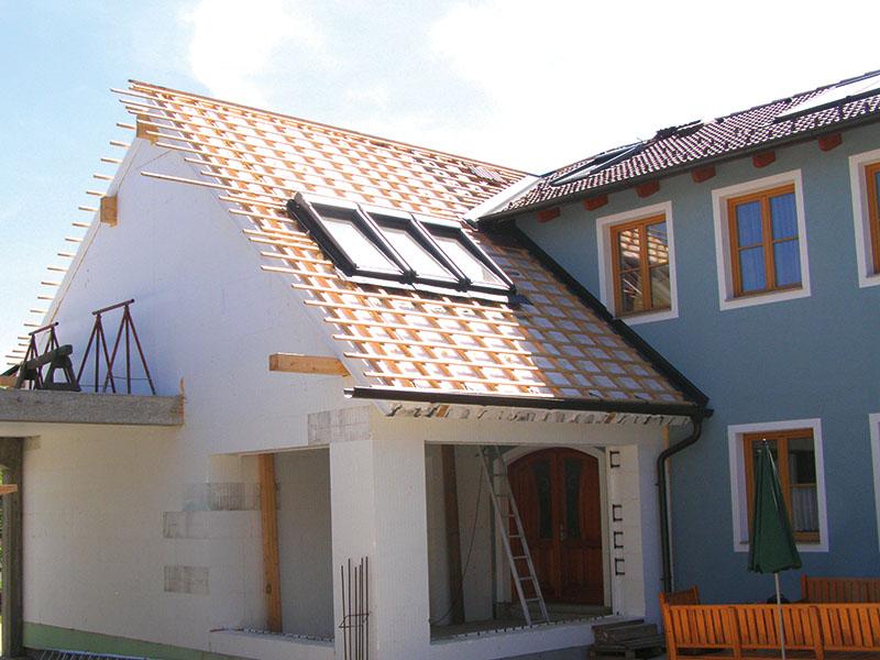 Zubau - Konterlattung mit Dachfenstern